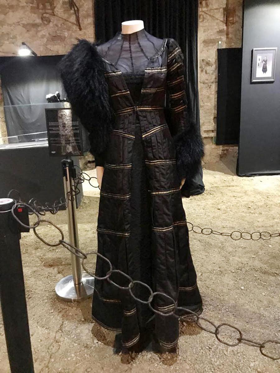 Designer de The Witcher da Netflix publica imagens inéditas da série 28