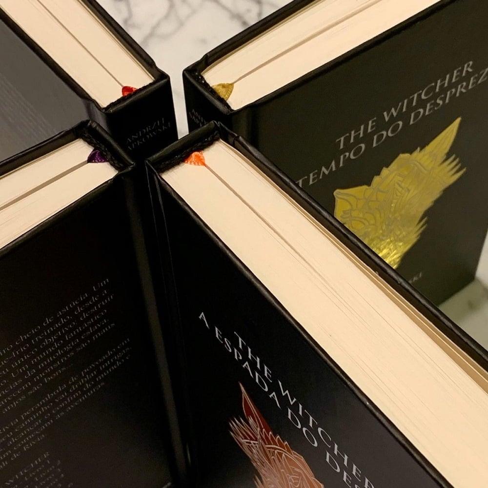 Livros de The Witcher são relançados no Brasil em capas especiais 3