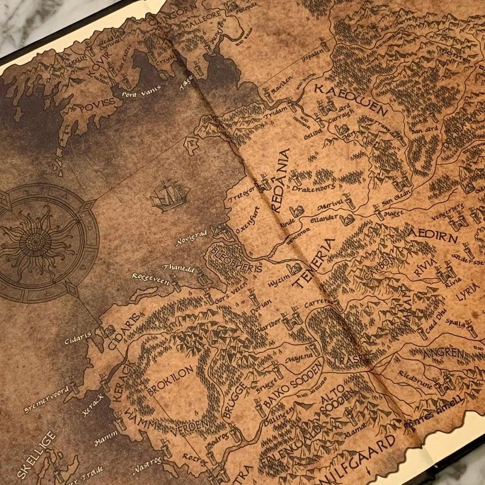 Livros de The Witcher são relançados no Brasil em capas especiais 7